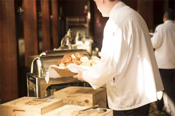 What are the Tasks of a Professional Chef