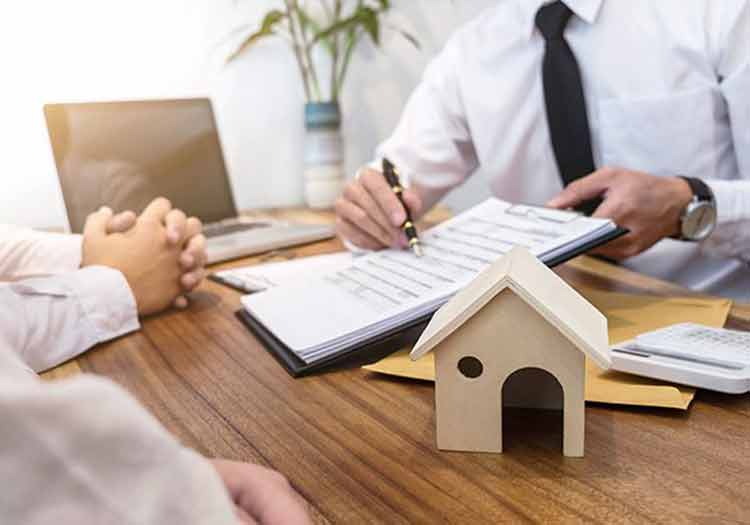 What Does the Mortgage Broker do