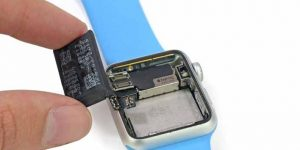 How do I Change the Battery in My Smartwatch