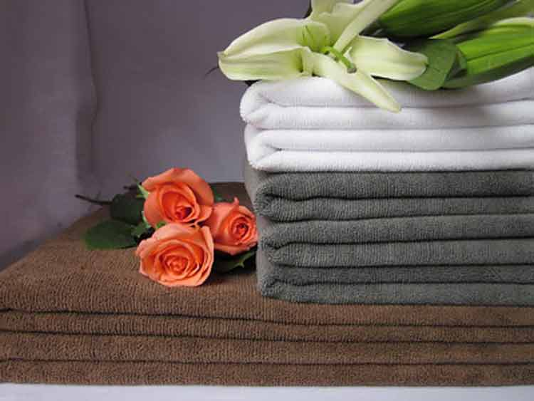 How to Clean a Microfiber Towel