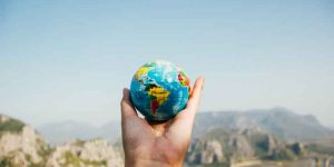 What do Travel Guides do
