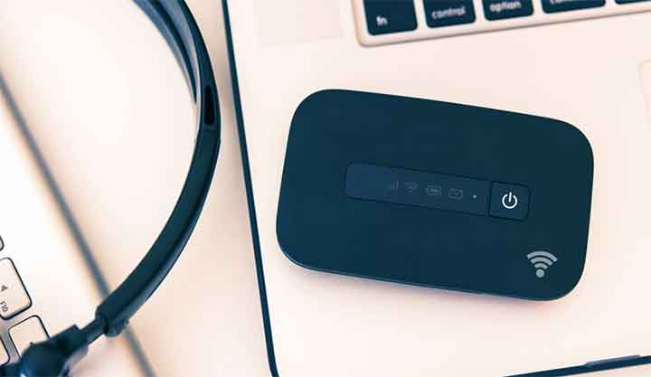 What-is-the-best-way-to-make-a-portable-WiFi-router